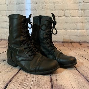 🥾Steve Madden Troopa Combat Boots 🥾